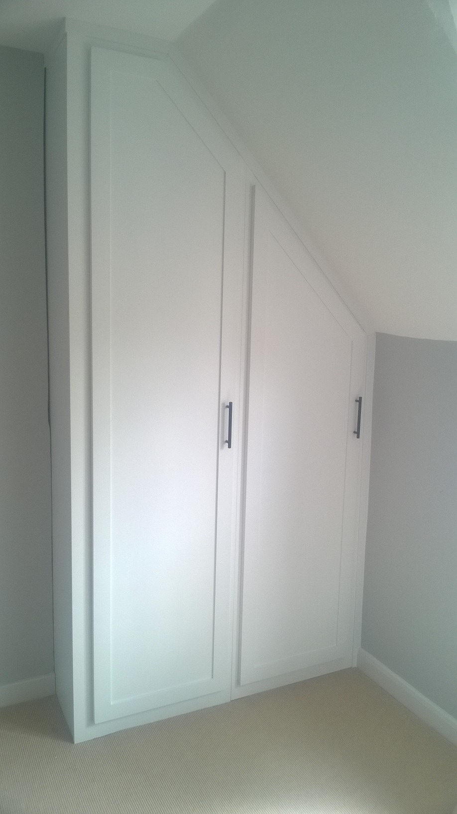 Fully Fitted Wardrobes Snowshill